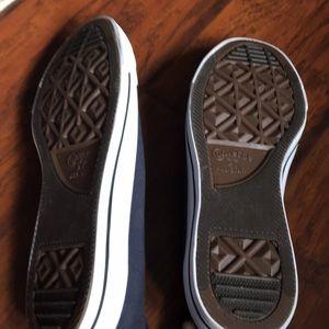 Converse Shoes - Women's navy converse shoes.